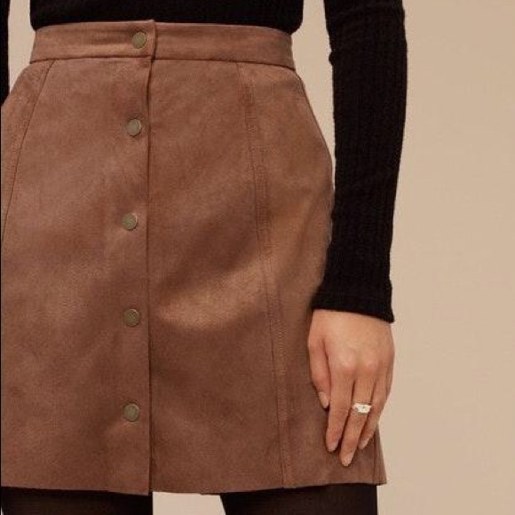 AEO Brown Faux Suede Snap Up Mini Skirt Size 8 NWT
